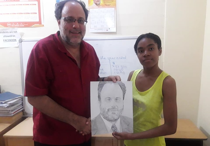 PHOTO OF THE DAY: Teen draws MP